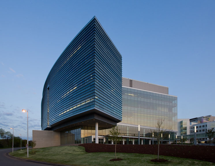 Froedtert-and-the-Medical-College-of-Wisconsin-Clinical-Cancer-Center-Design-by-Cannon-Design