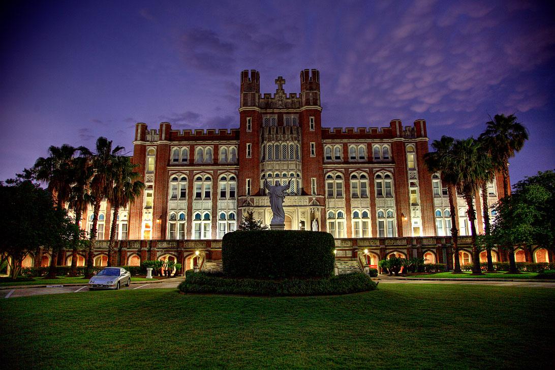 loyola-university-new-orleans-online-masters-nursing-degree