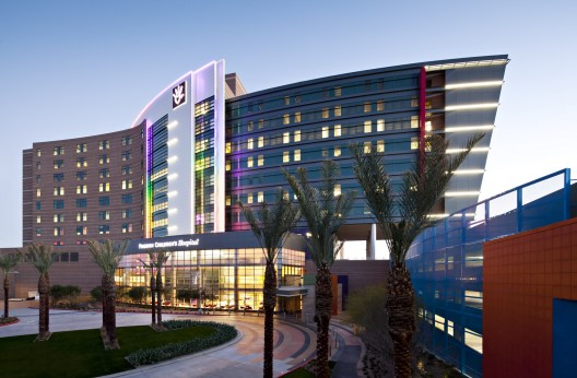 The 25 most amazing modern hospitals in the world for Small luxury hotels phoenix
